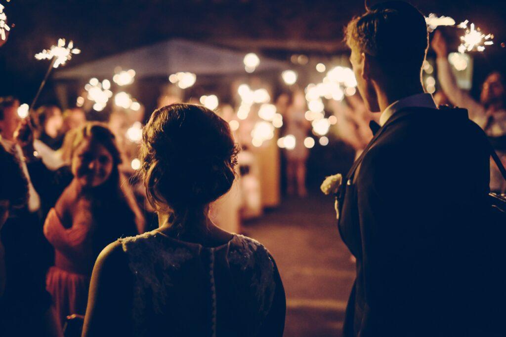 Bröllopsfest med tomtebloss