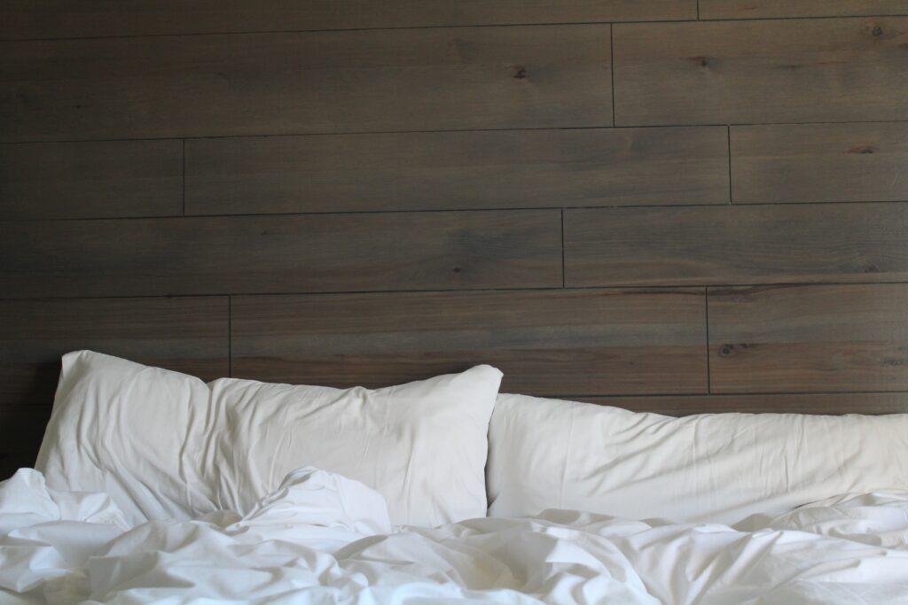 Äta och sova gott - bild på kuddar och täcken